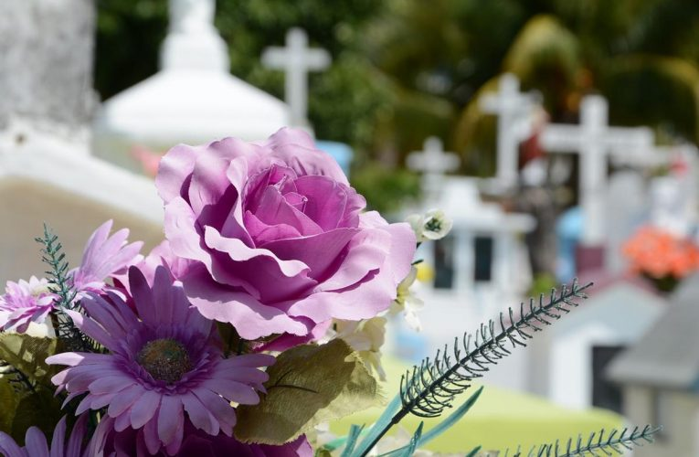 Niech zakład pogrzebowy zaoferuje ci kompleksowe wsparcie