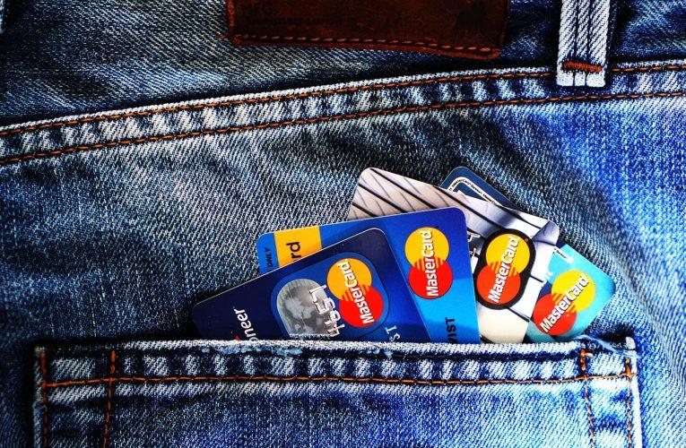 Jak skorzystać z promocji bankowych? Czy da się zarabiać na bankach?