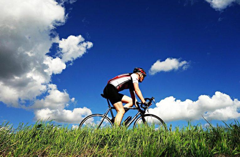 Jak wybrać odpowiednią pompkę rowerową?