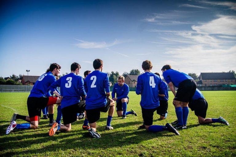 Chcesz dowiedzieć się więcej o piłce nożnej? Teraz masz szansę!